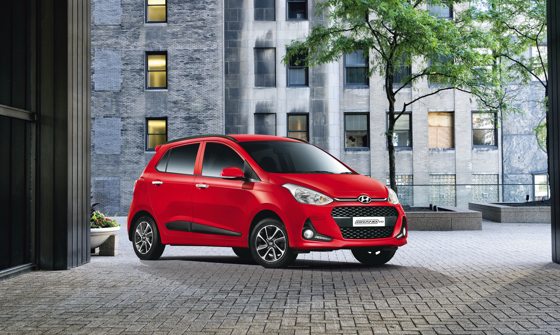Buy Grand-i10 car from Modi Hyundai