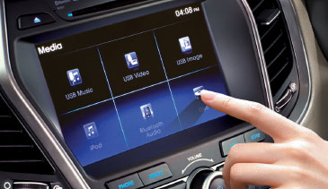 Santa Fe - Touch screen infotainment system